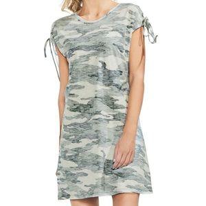 19399e53f275d Vince Camuto Dresses - Vince Camuto Lace-Up Shoulders Dress